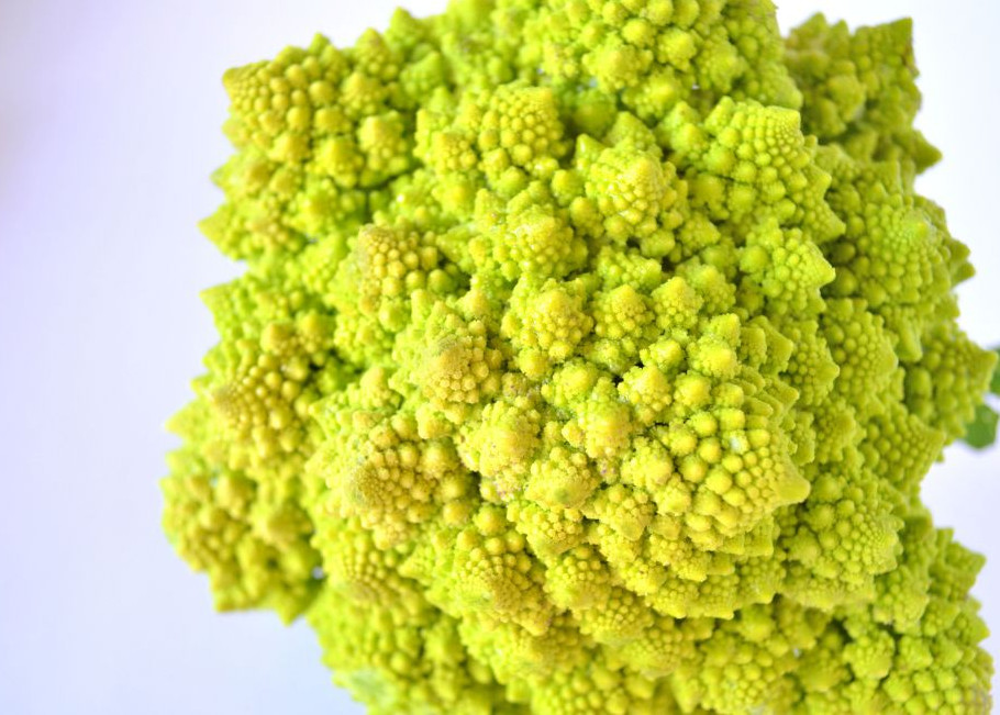 This roasted romanesco with tarragon, olive and lemon is a healthy side dish to any meal. It is nutty and sweet, similar to cauliflower.