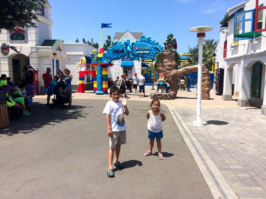 Children in front of Legoland California Chima waterpark